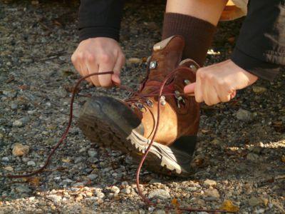 bind hiking shoes, Pixabay